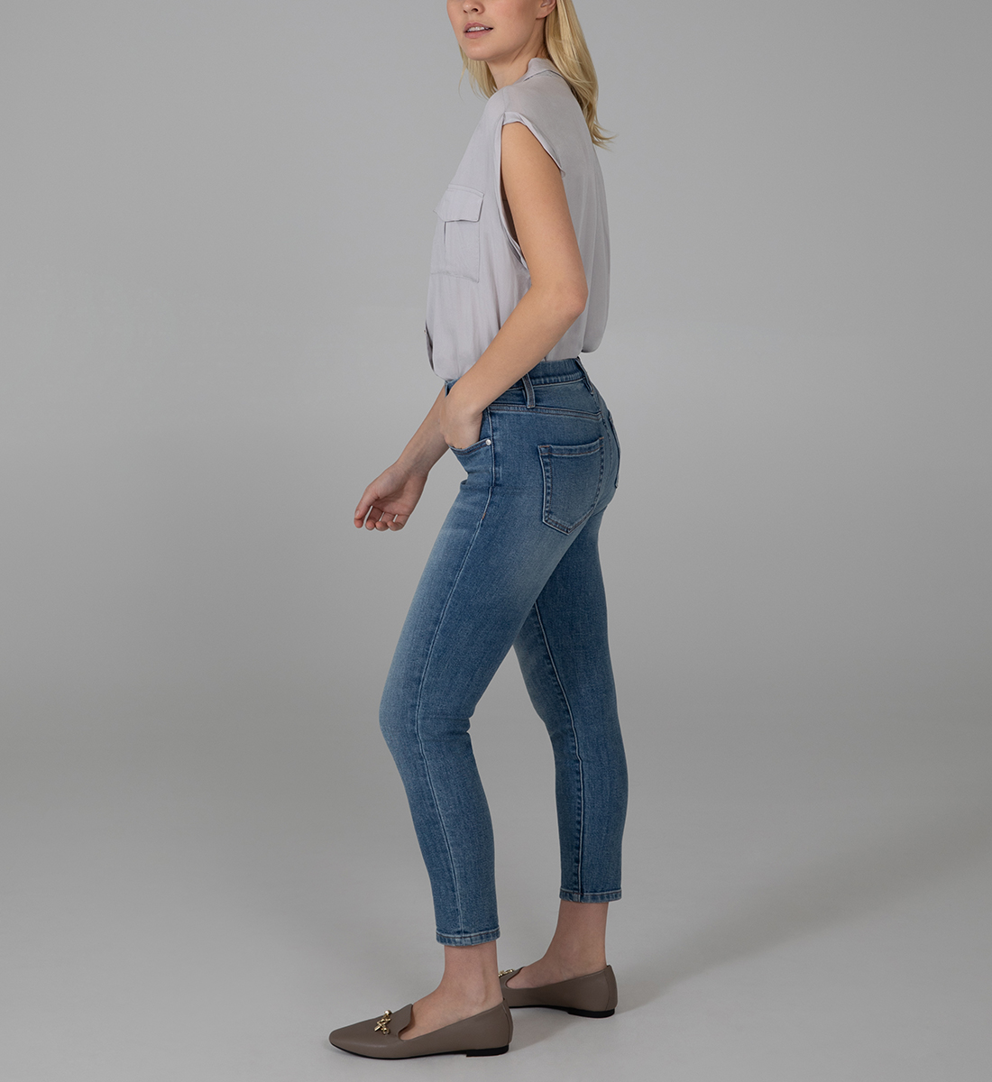Valentina High Rise Crop Pull-On Jeans, , hi-res
