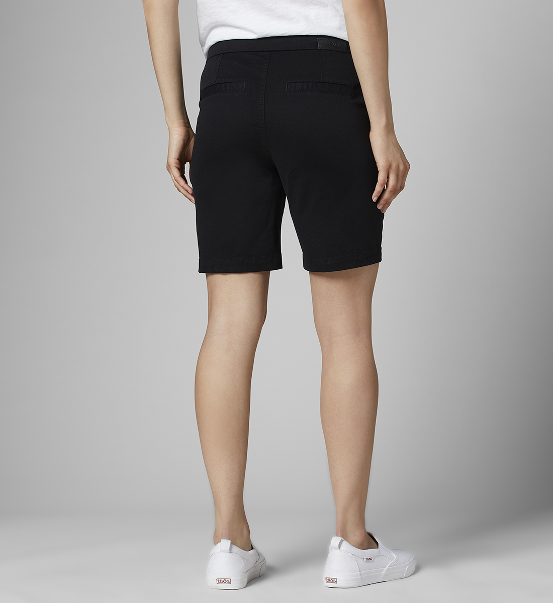 "Gracie Mid Rise 7"" Short Petite, Black, hi-res"
