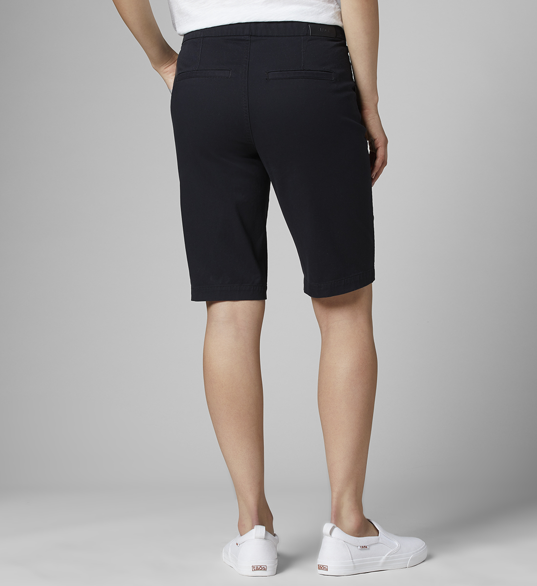 Gracie Mid Rise Bermuda Pull-On Short, Black, hi-res