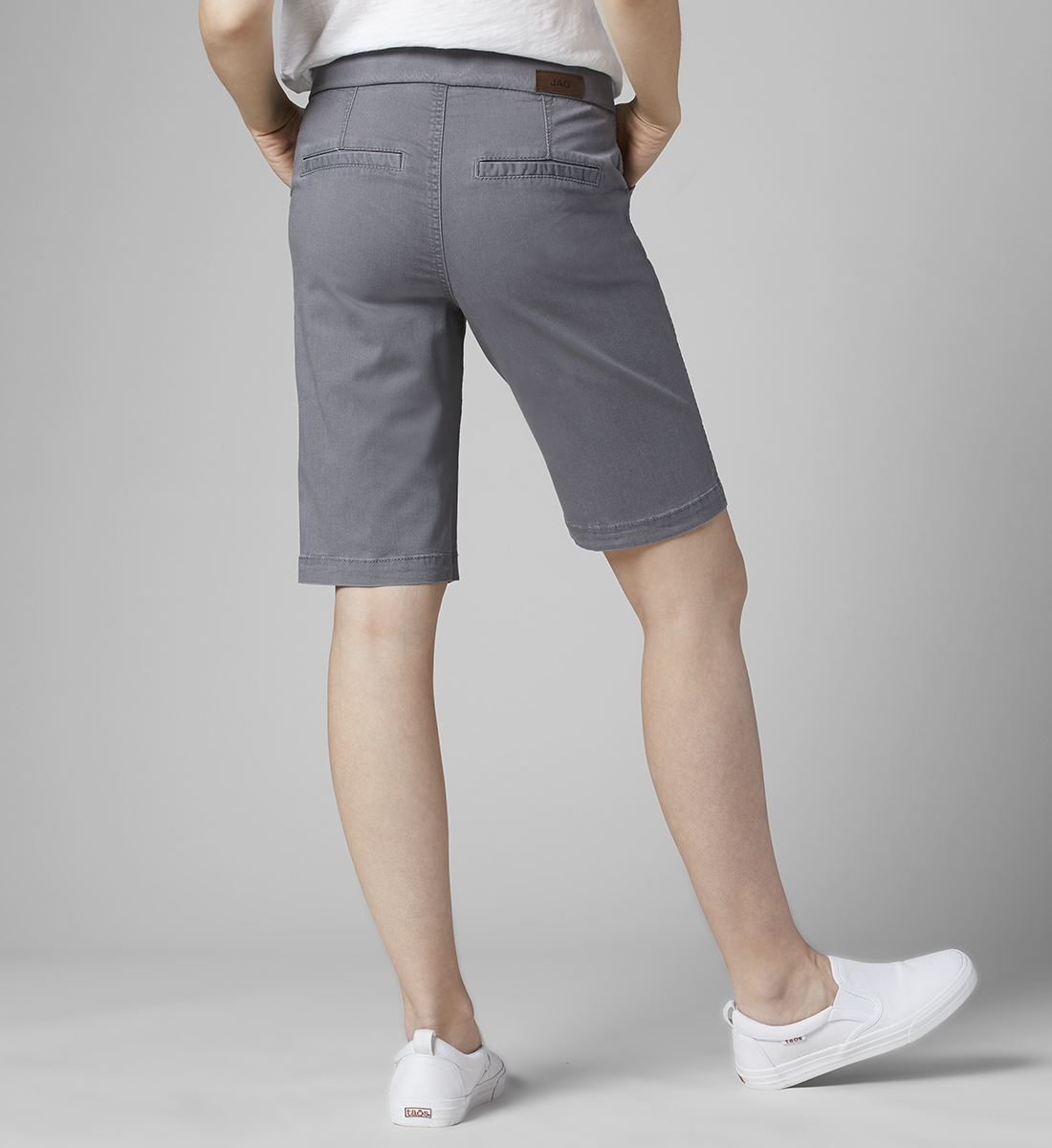 Gracie Mid Rise Bermuda Pull-On Short, Grey Streak, hi-res